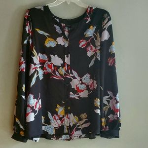 Who what wear heirloom floral button front top